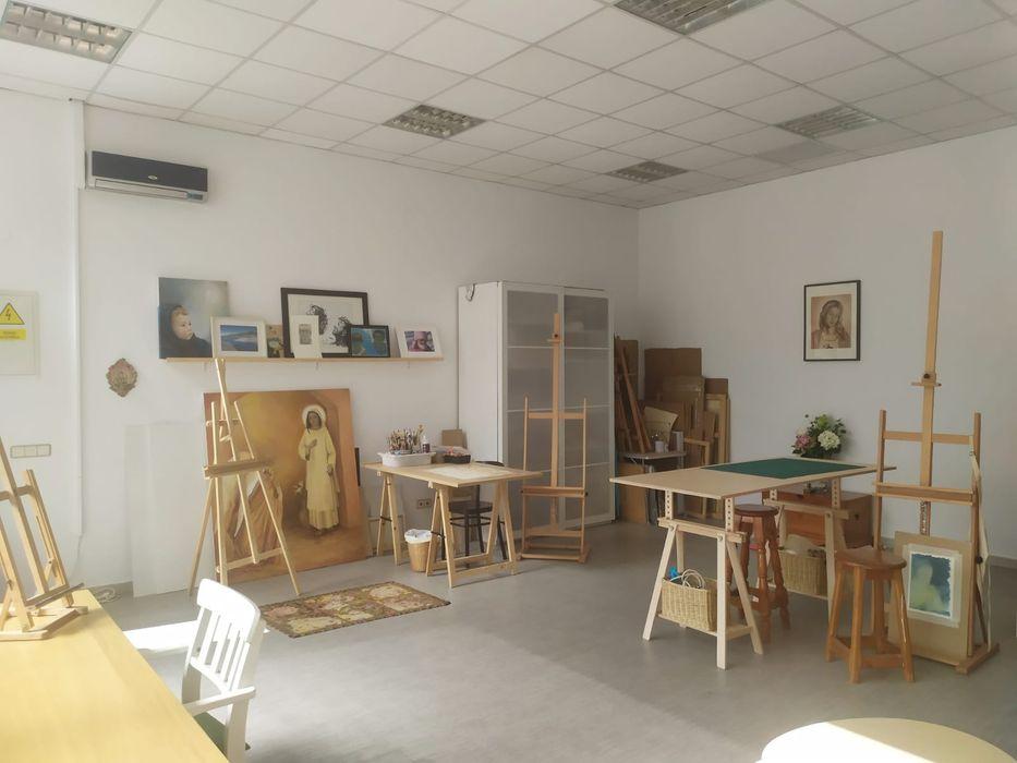 Estudio Pintura Mónica Huerta en Brunete